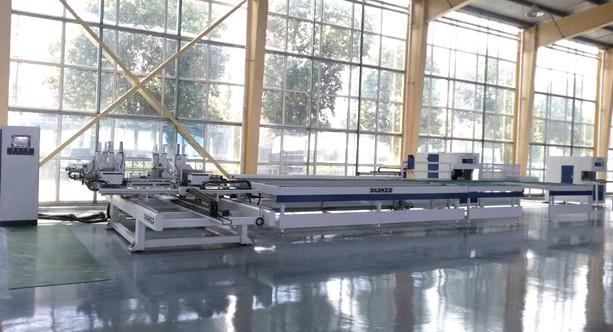 铝合金门窗生产车间图片派克机器